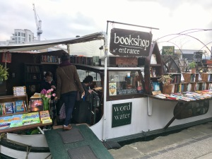 london-bookshop-crawl-2017-words-on-the-water